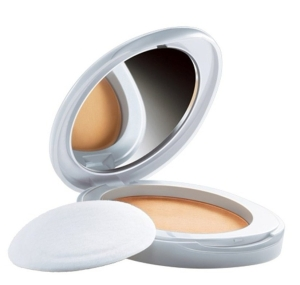 lakme-perfect-radiance-compact-golden-medium-03-e1520026107287.jpg